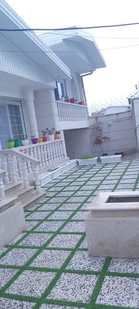 فروش ویلا دوبلکس ۲۴۵ متری براصلی خیابان ارَم